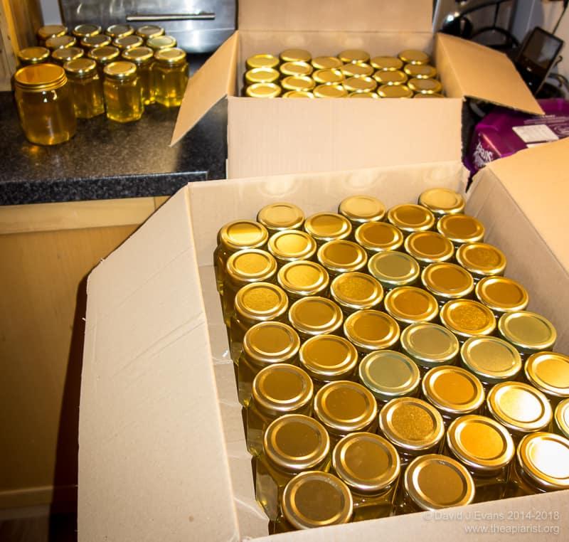 250 4oz hex jars