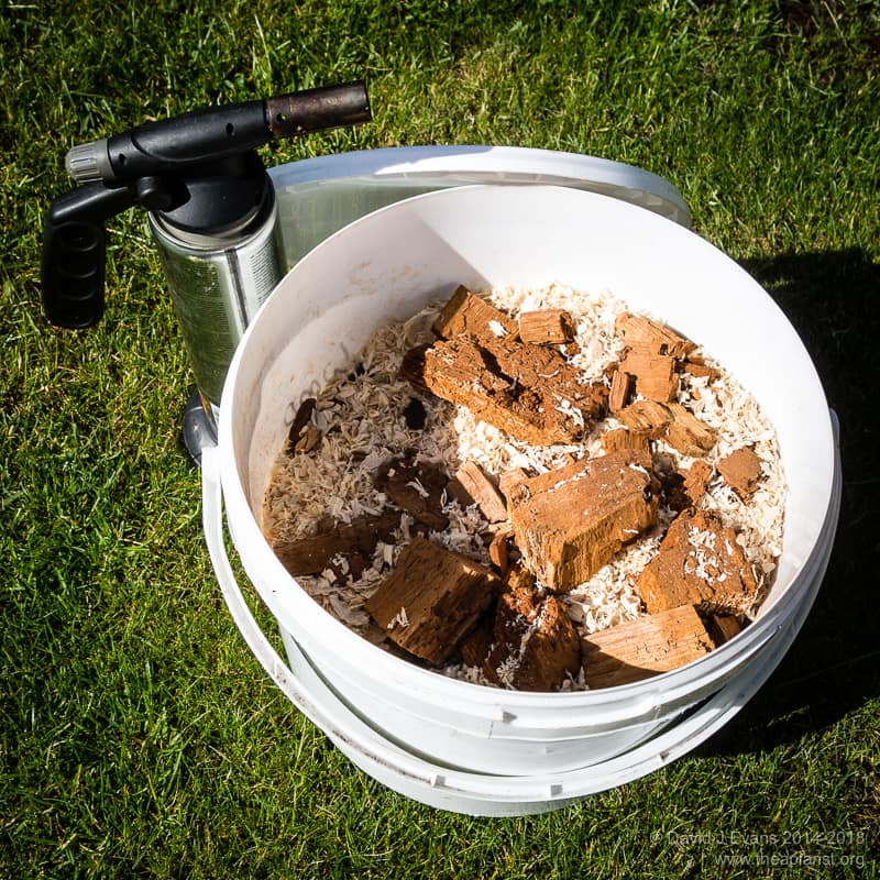 Fuel bucket