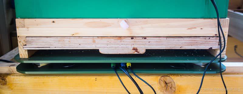 Cedar floor with closed monitoring tray