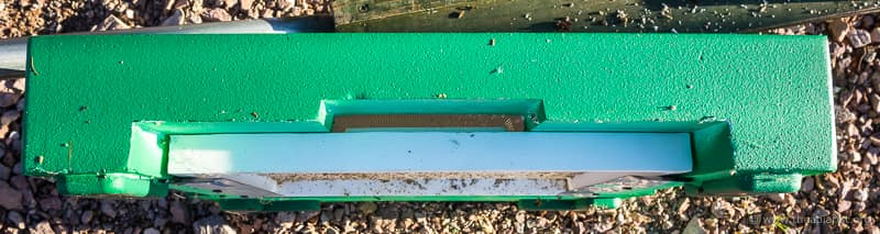 Abelo floor, Varroa tray inverted